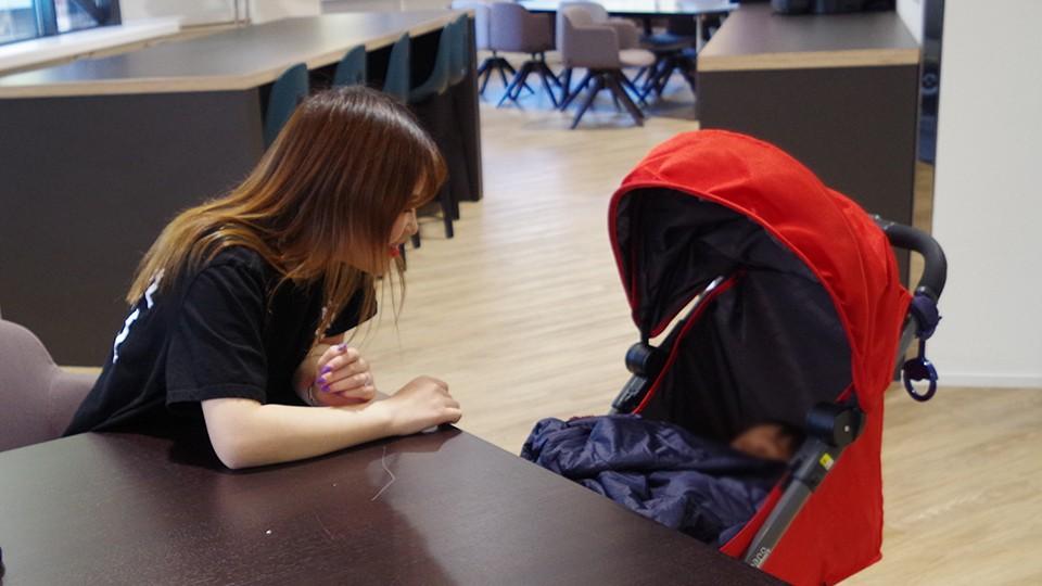 蘭塾 授業中に他のクラスの生徒さんが子供を見てくれているので、とても助かっています。